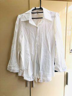 氣質抓皺材質白色襯衫 罩衫 長版