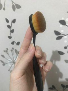 brush makeup