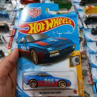 Hot Wheels Hotwheels 89 Porsche 944 Turbo Biru Urban Outlaw