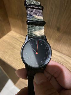 Hypergrand hand watch with camo nato strap