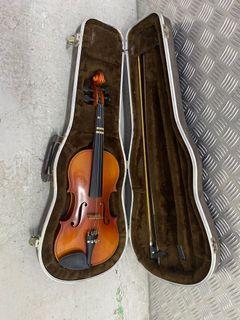 Suzuki violin model 190