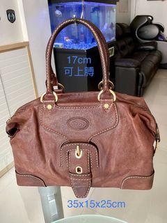 tod's bag(中古款,只有手袋👜輕盈不沉重,完整無損,請參閱10張照片已顯示手袋狀態。
