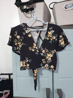 Authentic H&M crop top backless back-self tie