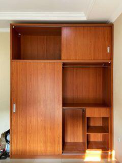 Lemari baju 2 pintu kayu HPL