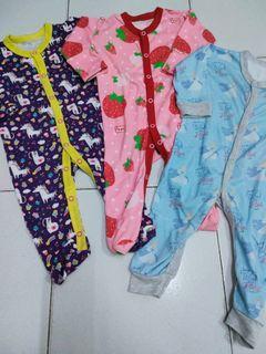 Libby velvet sleepsuit 3-6bln