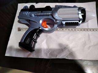 Pistol mainan pakai batery