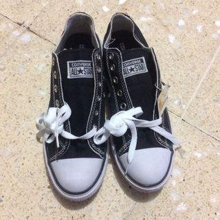 Sepatu allstars cewe/cowo
