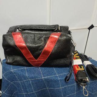 全新韓版V型波士頓包(紅)