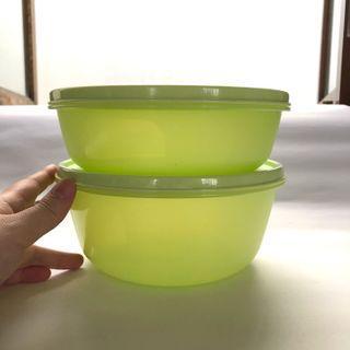 2 Tupperware wadah hijau #lebaran2021