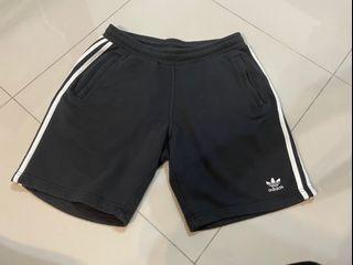 Adidas男短褲(9成新)