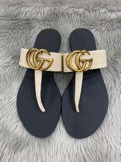 Gucc! Flats