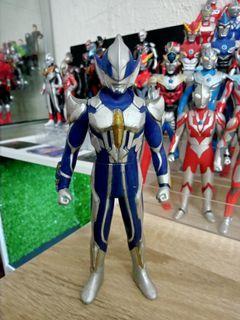 Hunter Knight Tsurugi 6.5 inch Sofubi (ultraman hikari)