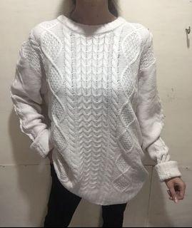 Sweater Rajut Kepang