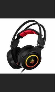 Tt eSPORTS曜越克諾司 CRONOS Riing RGB 7.1 專業電競耳機