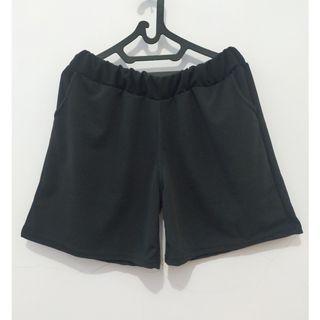 Celana Pendek Jumbo