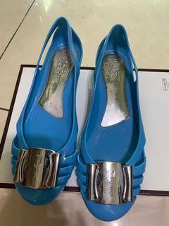 正品Salvatore Ferragamo平底鞋