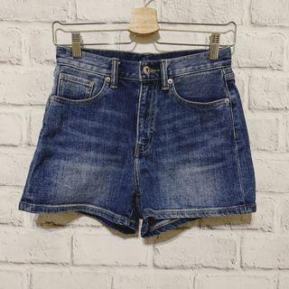 Lativ 高腰牛仔短褲(23號)