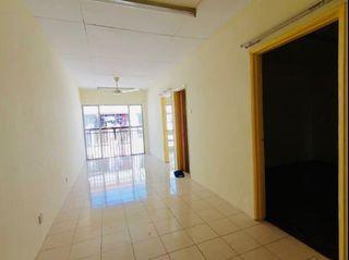 Leasehold Vista Apartment Damansara Damai Petaling Jaya Selangor