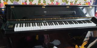 Piano samick SM2