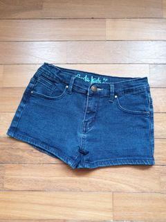 SODA KIDS Short Jeans for 8-10 years old girl