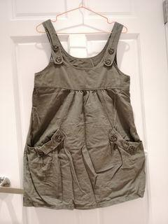 珍藏-灰綠色吊帶裙