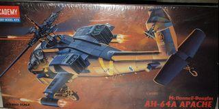 AH-64A Apache Model kit 1/72