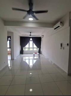 Botanika / Bayu Puteri / Southkey / Permas Jaya / JB Town / Low Deposit / Rumah sewa / With Balcony