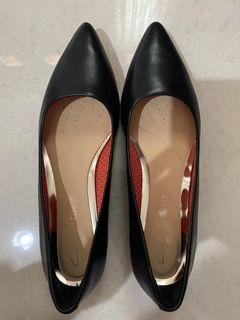 Clarks Laina Pump Shoes