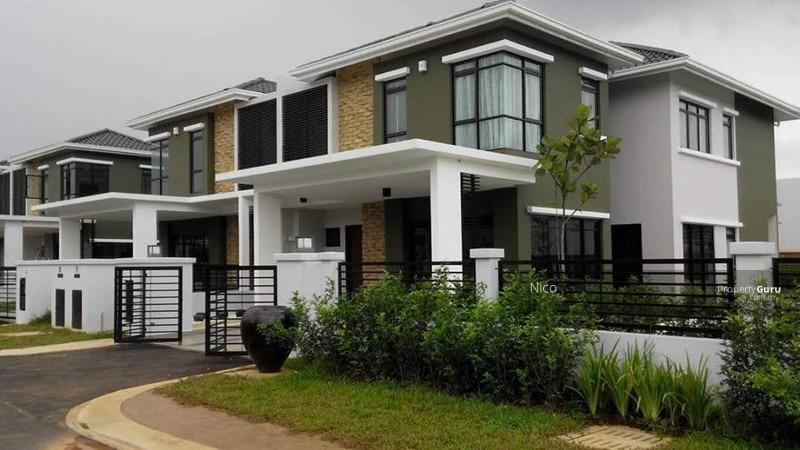 Corner Lot!!! Double Storey Landed Freehold !!! (Size 24x75) Monthly Installment RM1.8k !!!