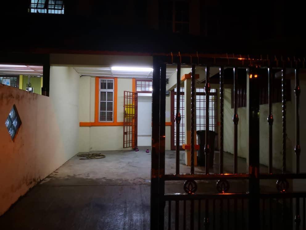 Double Storey House / Taman Bukit Indah / Perling / Nusa Bestari / Below Market Price