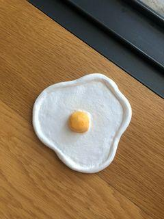 Egg clay dish