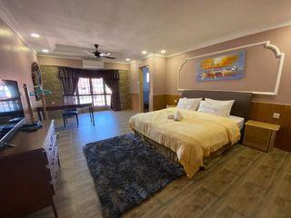 [For Rent] Luxury Duplex Penthouse Marina Court