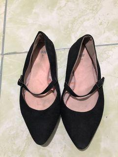 H&M pointed ballerina shoes