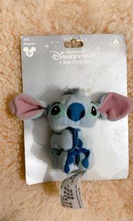 Limited Edition Stitch bag magnet. ORIGINAL DISNEY. Beli di Shanghai Disneyland. Masih ada bukti bungkusan nya.