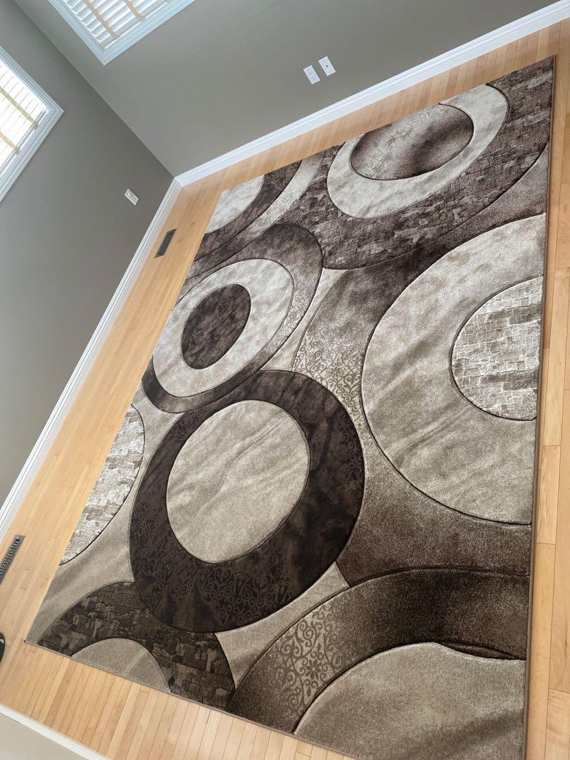 Modern Large Carpet!
