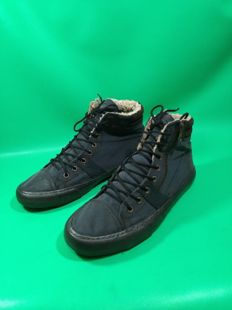 Sepatu next hi Zipper ORI  Size 42
