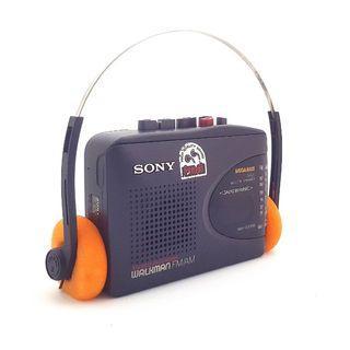 Sony Walkman WM-GX302 Portable AM/FM Radio/Cassette Player In Excellent Working Condition