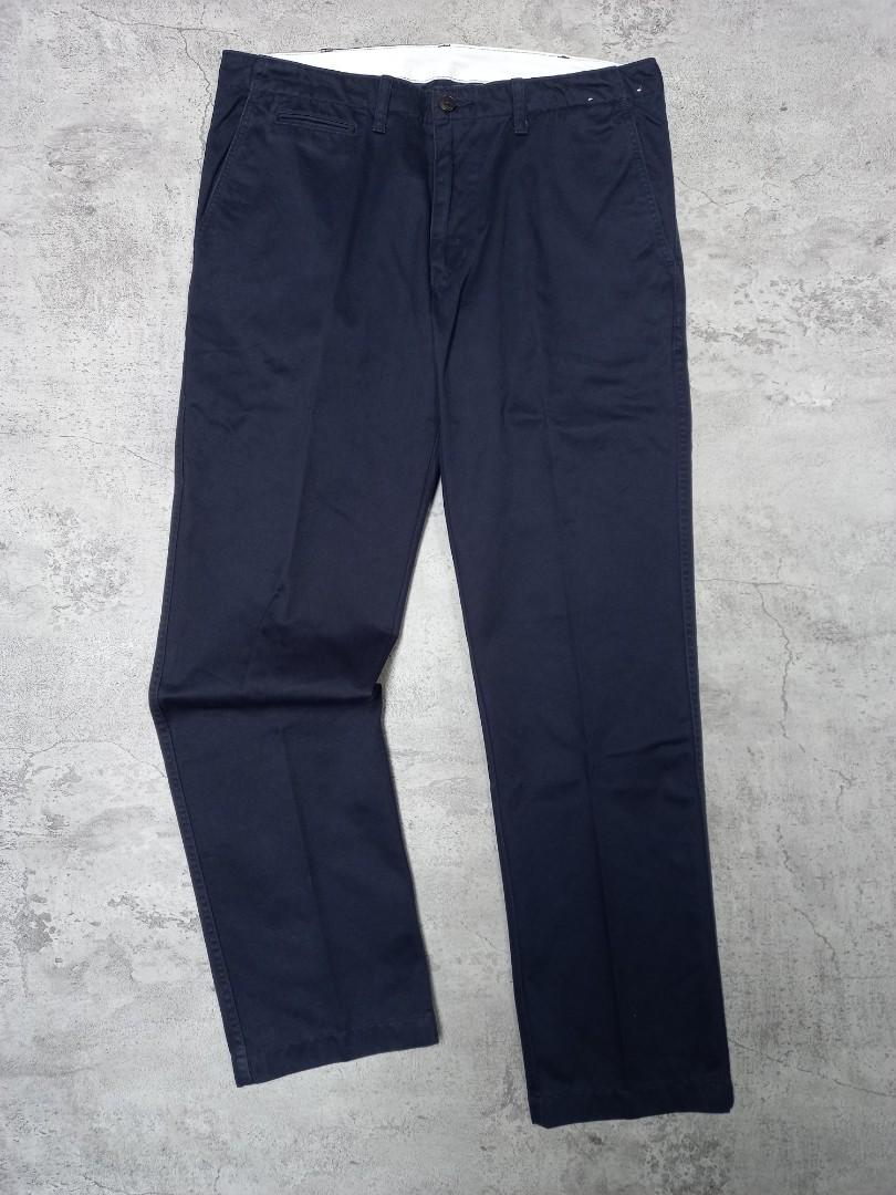 Uniqlo longpants chino warna dark navy