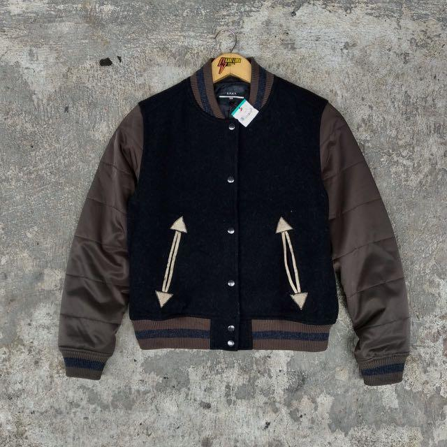 ✨UNIQLO Varsity Jacket Vintage Model bahan wool