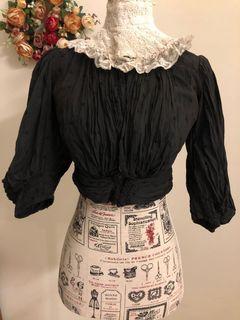 古董蕾絲雕花領與黑色波點上衣 (古著、Vintage)