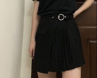 Cereal 不對稱 百摺裙 短裙 釦環 釦子 半百摺 褲裙 安全褲 內襯
