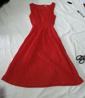 Dress midi merah