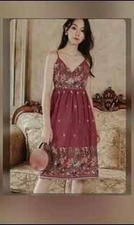 Fashmob Dania Embroidery midi dress