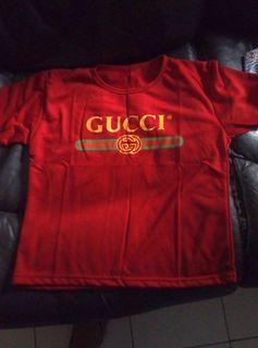 Kaos Gucci warna maroon