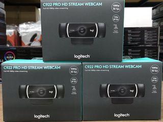 LOGITECH C922 PRO STREAM 1080P WEBCAM WITH TABLE TOP TRIPOD