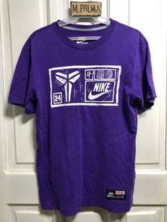 Nike kobe shirt medium 20x27 1/2