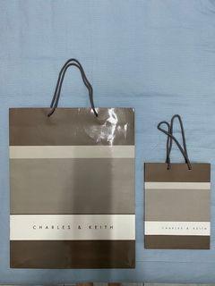 Paper Bag Charles n Keith Besar dan Kecil