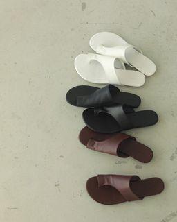 Todayful 20SS 牛皮夾腳包式平底拖鞋(黑)studiodoe 類似款