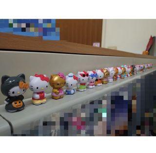 (一組價)義大利Zaini阿尼驚喜蛋Hello Kitty-百變Kitty (一組9隻如圖二)