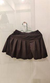 摺疊黑短裙❤️現貨喜歡趕快下單
